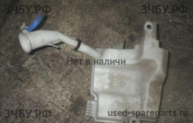 Ford Focus 3: Бачок омывателя лобового стекла с разборки иномарок used-spareparts.ru. Б/у запчасти на Ford Focus 3